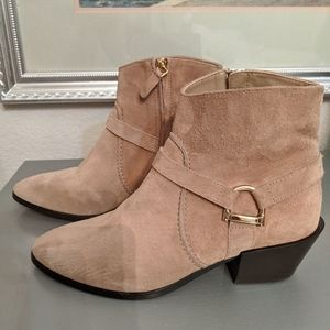 Tod's Western suede booties size 38